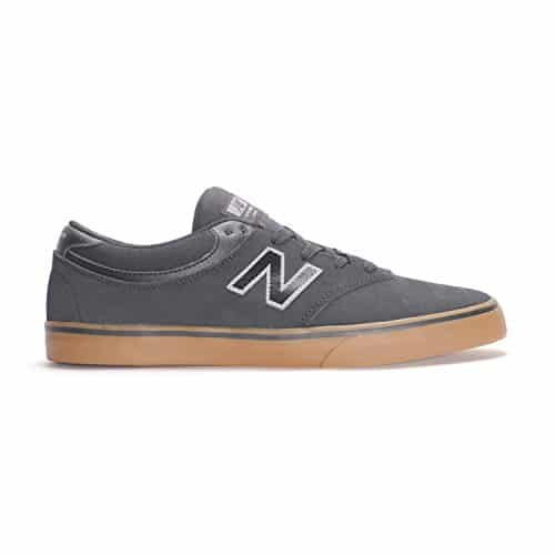 Skating Shoes Black And Gum
